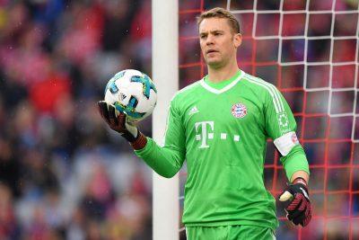 Neuer, il libero con i guanti
