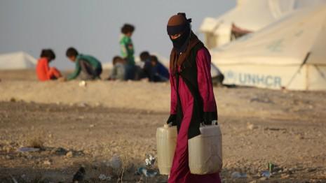 "Scandalo,""donne siriane abusate"""
