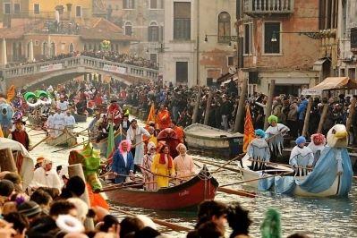 Martedì grasso, come hanno passato il carnavale gli italiani?