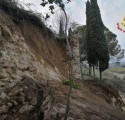 Le mura medievali di San Gimignano che sono crollate