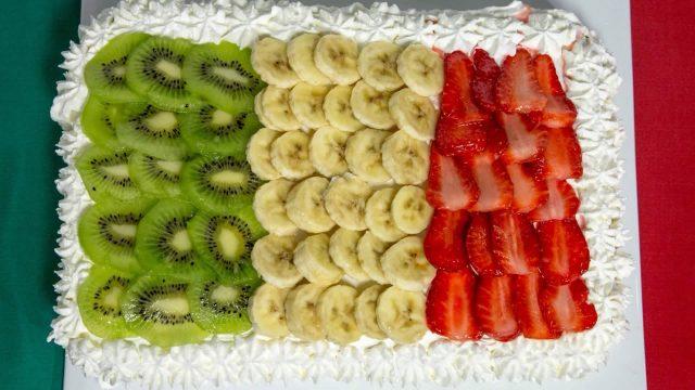Dolci per il 25 aprile: la torta tricolore