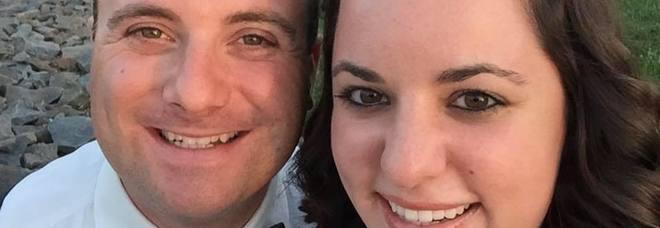 Poliziotto si schianta e muore nel giorno del suo matrimonio