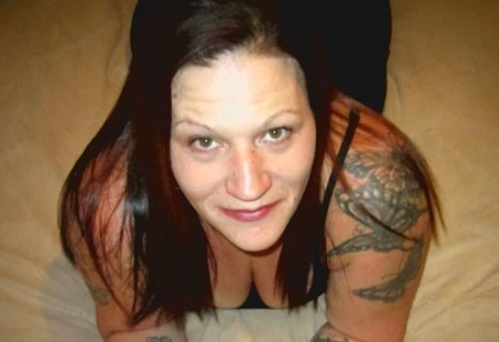 Stati Uniti: donna uccide l'amante e lo serve per cena ai vicini