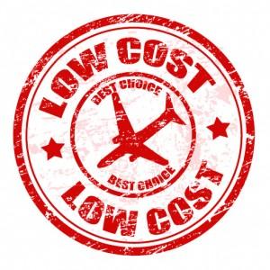 Voli low cost: come viaggiare prenotando dal proprio smartphone