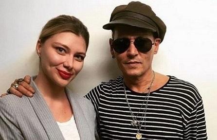 """""""Troppo magro! è malato?"""" foto di Johnny Depp preoccupano i fan"""