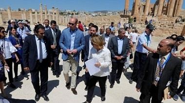 Il principe William visita la Giordania durante il tour reale