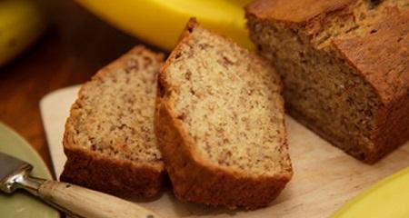 Ricetta light, senza glutine e proteica del banana bread