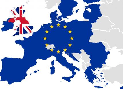 Brexit: questa volta la scissione arriva dal governo
