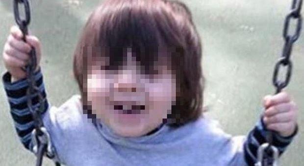 """Bimbo di 3 anni trovato morto nell'asciugatrice: """"È stato un incidente"""""""