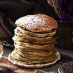 Come preparare i pancake senza uova, senza burro e senza latte