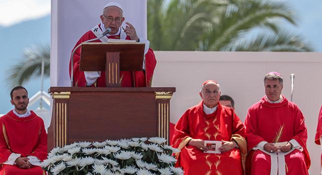 Papa Francesco sotto il sole di Palermo: ecco le sue parole