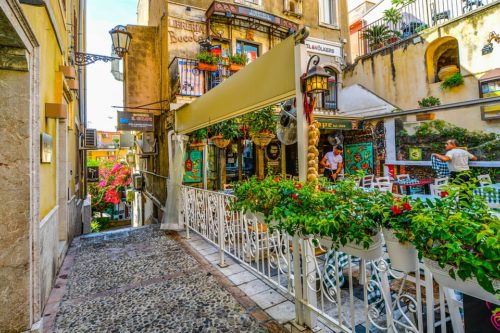 Italia-Spagna: sul fronte turismo restiamo un passo indietro