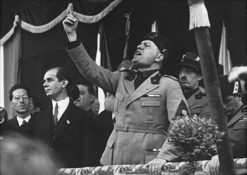 """""""Si beva un bicchiere di olio di ricino alla sua memoria"""", Acerbo (Prc) sulle dichiarazioni della Mussolini"""