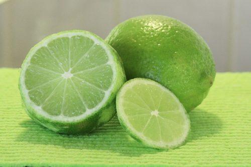 Lime Sicilia: tutti i benefici del frutto verde diventato il re degli agrumi